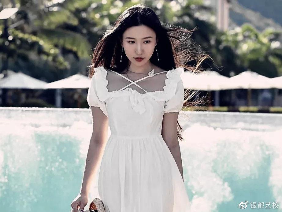 学员潘怡宁  考取2020北京电影学院研究生班